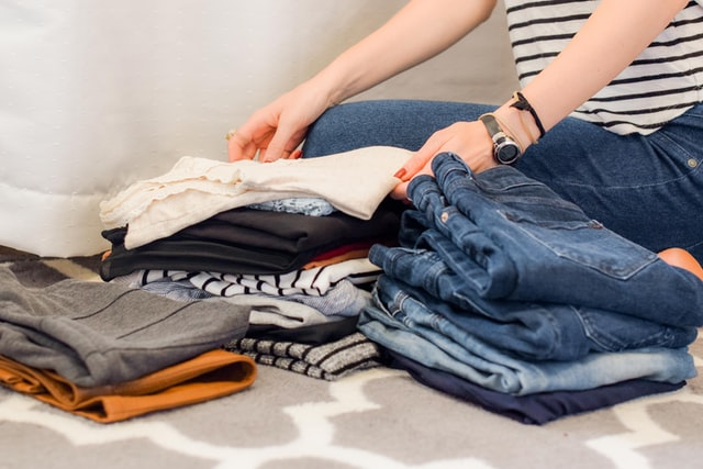 How to Declutter your Wardrobe Closet Declutter