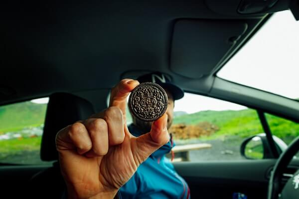how to prepare for road trips snacks