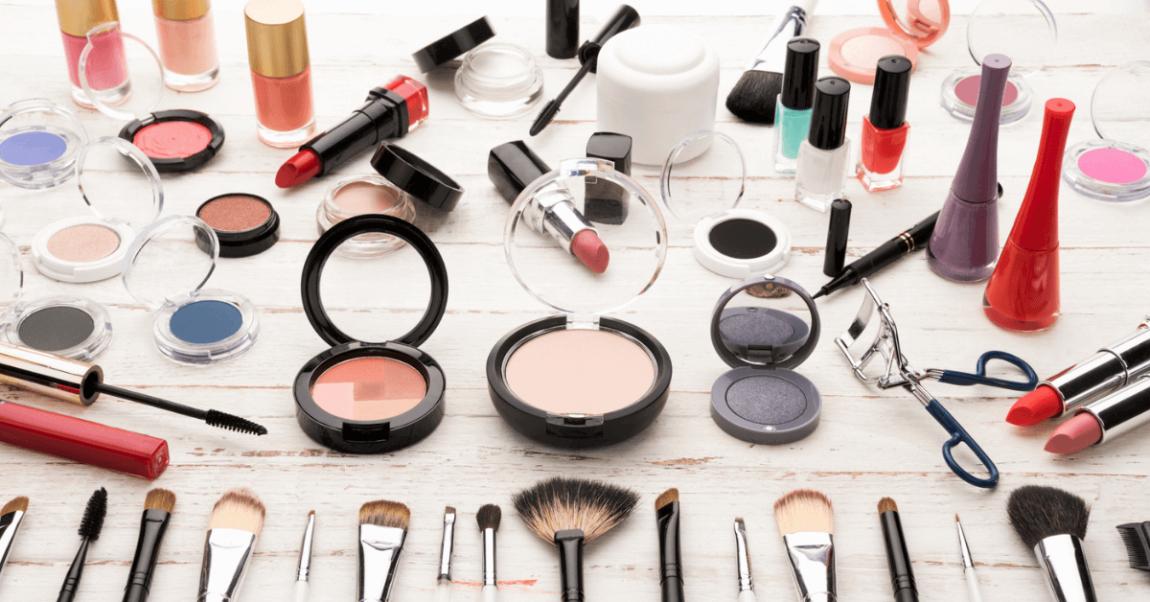 How to declutter makeup bannerr